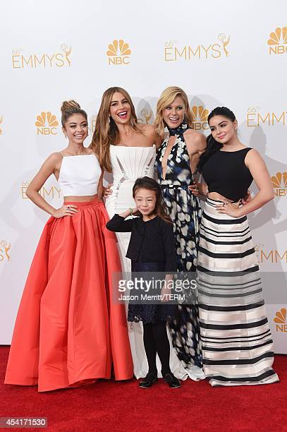Actresses Sarah Hyland Sofía Vergara Aubrey AndersonEmmons Julie Bowen and Ariel Winter winners of the Outstanding Comedy Series Award for 'Modern...