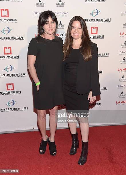 Actresses Shannen Doherty and Holly Marie Combs attend the LA Art Show and Los Angeles Fine Art Show's 2016 opening night premiere party benefiting...