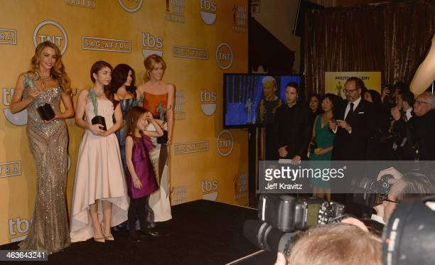 Actresses Sofia Vergara Sarah Hyland Ariel Winter Julie Bowen and Aubrey Anderson Emmons pose in the press room during the 20th Annual Screen Actors...