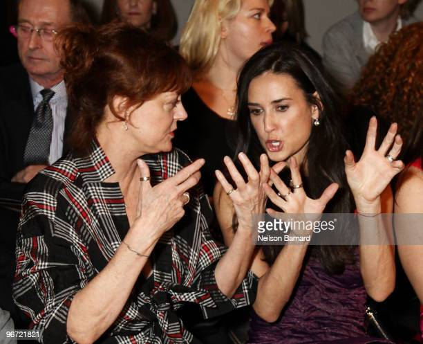 Actresses Susan Sarandon and Demi Moore attend the Donna Karan Collection Fall 2010 Fashion Show during MercedesBenz Fashion Week at 711 Greenwich...