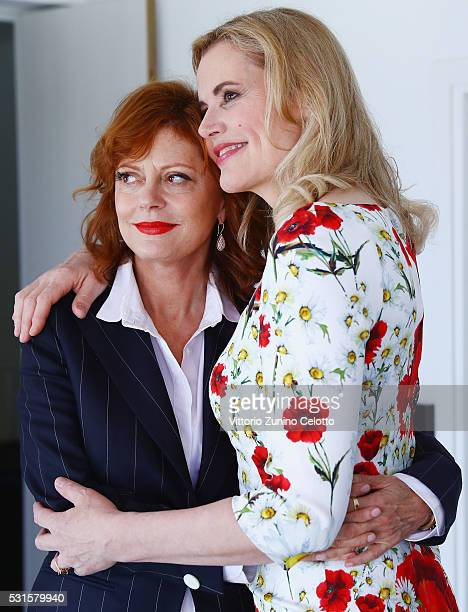 Actresses Susan Sarandon and Geena Davis attend Kering Talks Women In Motion At The 69th Cannes Film Festival on May 15 2016 in Cannes