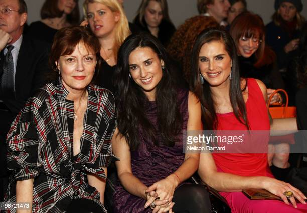Actresses Susan Sarandon Demi Moore and Brooke Shields attend the Donna Karan Collection Fall 2010 Fashion Show during MercedesBenz Fashion Week at...
