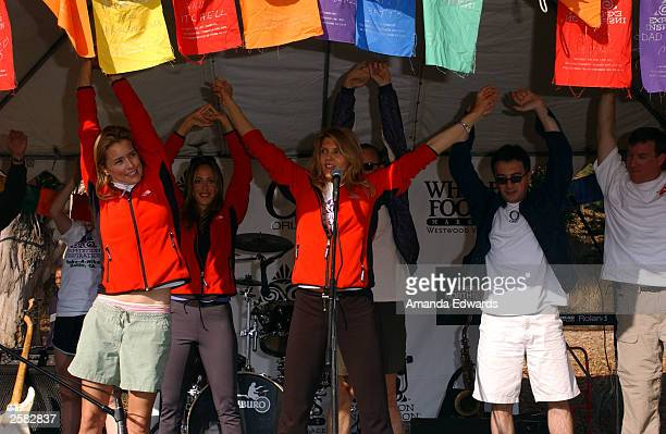 Actresses Tea Leoni and Kim Raver join fitness guru Kathy Smith in warmup exercises at the 8th Annual Expedition Inspiration TakeAHike at Paramount...