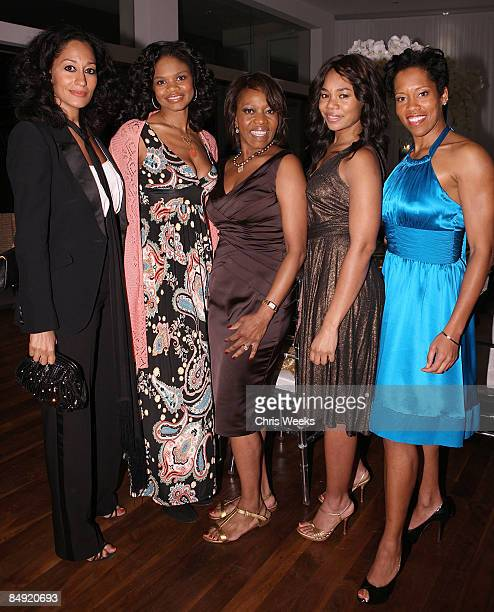 Actresses Tracee Ellis Ross Kimberly Elise Alfre Woodard Regina Hall and Regina King attend a dinner hosted by Alfre Woodard and Grey Goose to honor...