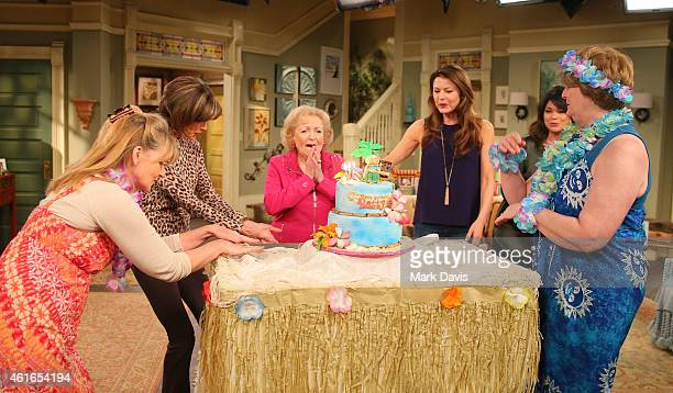 """Actresses Valerie Bertinelli, Wendie Malick, Betty White and Jane Leeves attend the Betty White celebration of her 93rd birthday on the set of """"Hot..."""