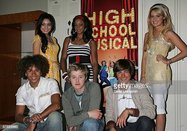 Actresses Vanessa Anne Hudgens Monique Coleman and Ashley Tisdale and actors Corbin Bleu Lucas Grabeel and Zac Efron attend a QA session with the...