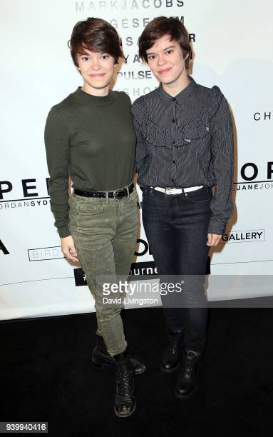 Actresses/identical twins Emily Hinkler and Elizabeth Hinkler attend Art with a Cause hosted by Shaun Ross Aureta benefiting the Freedom United...