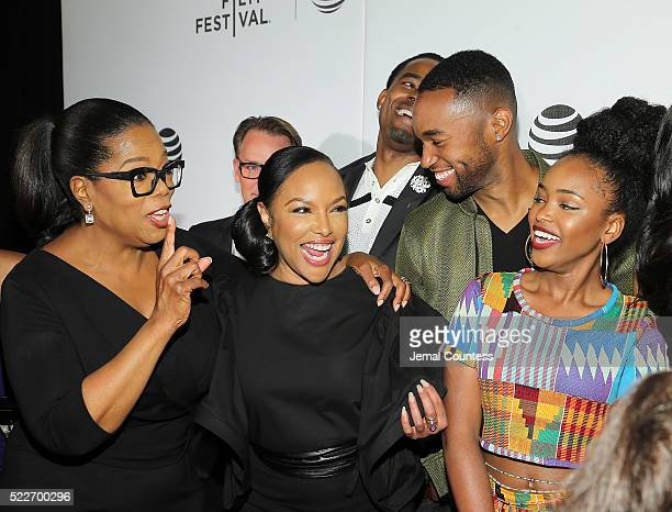 """Actress/executive producer Oprah Winfrey, actors Lynn Whitfield, Tye White and Lovie Simone attend the Tribeca Tune In: """"Greenleaf"""" Screening at John..."""