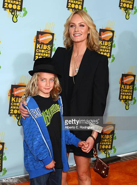 Actress/model Amber Valletta and child arrives at Nickelodeon's 2008 Kids' Choice Awards held at UCLA's Pauley Pavilion on March 29 2008 in Westwood...