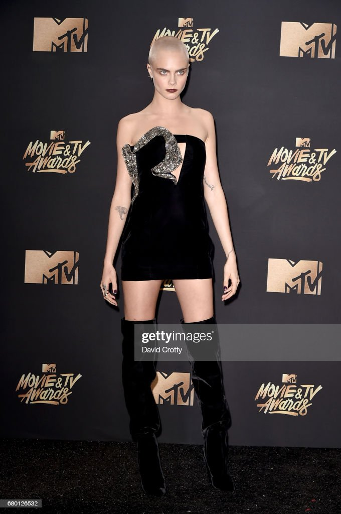 2017 MTV Movie And TV Awards - Arrivals : Fotografía de noticias