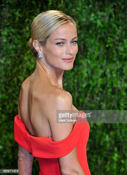 Actress/model Carolyn Murphy arrives at the 2013 Vanity Fair Oscar Party at Sunset Tower on February 24 2013 in West Hollywood California