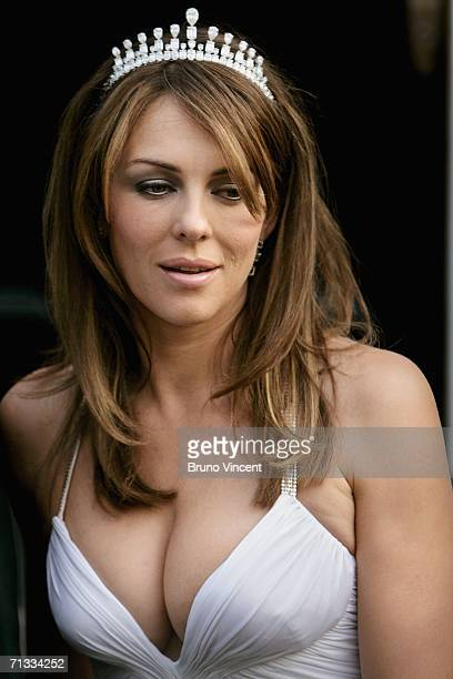 "Actress/model Elizabeth Hurley leaves her home for singer Sir Elton John's ""White Tie and Tiara"" ball on June 29, 2006 in London."