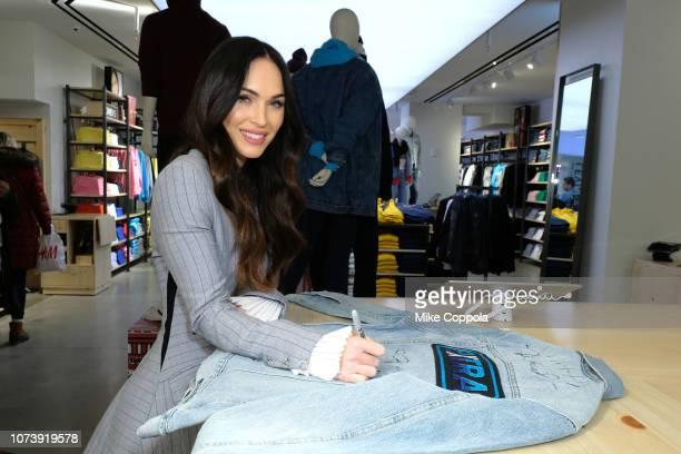 Actress/model Megan Fox visits Extra on November 28 2018 in New York City
