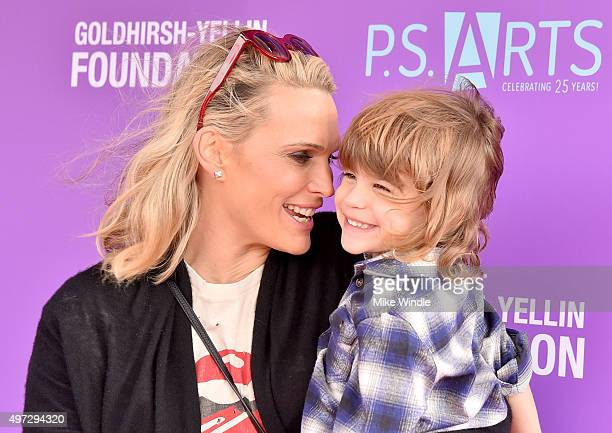 Actress/model Molly Sims and Brooks Alan Stuber attend Express Yourself 2015 to benefit P.S. ARTS, providing arts education to 25,000 public school...