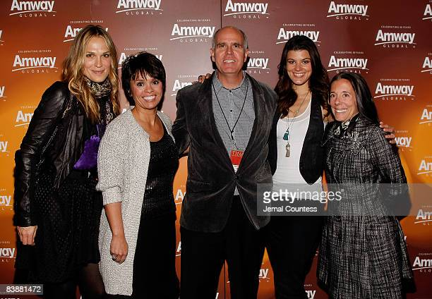Actress/model Molly Sims Barb Alviar Steve Lieberman Summer Rayne Oaks and Faith Kates Kogan attend the Amway Global presentation of Tina Turner Live...