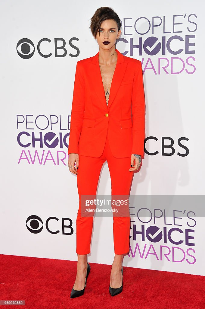 Actress/model Ruby Rose arrives at People's Choice Awards 2017 at Microsoft Theater on January 18, 2017 in Los Angeles, California.