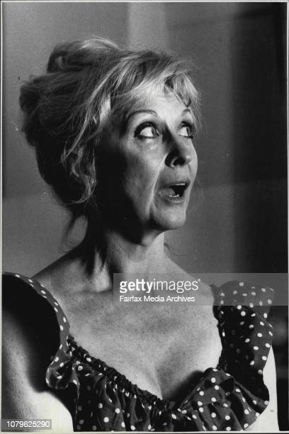 ActressNyree Dawn Porter in Sydney to perform in a play October 21 1988