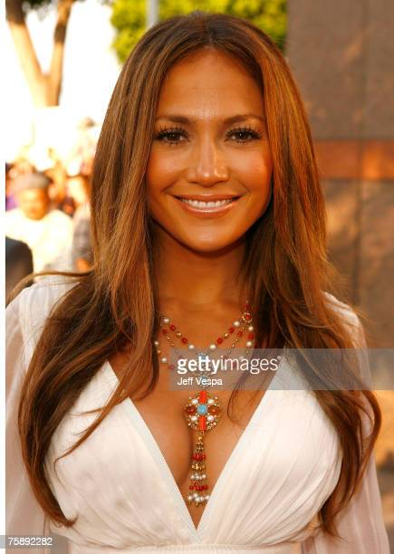 Actress/producer Jennifer Lopez arrives to the premiere of 'El Cantante' at the Directors Guild of America Theatre on July 31 2007 in Los Angeles...