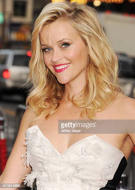 Actress/producer Reese Witherspoon arrives at the 'Hot Pursuit' - Los Angeles Premiere at TCL Chinese Theatre IMAX on April 30, 2015 in Hollywood,...