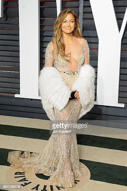 Actress/recording artist Jennifer Lopez attends the 2015 Vanity Fair Oscar Party hosted by Graydon Carter at Wallis Annenberg Center for the...