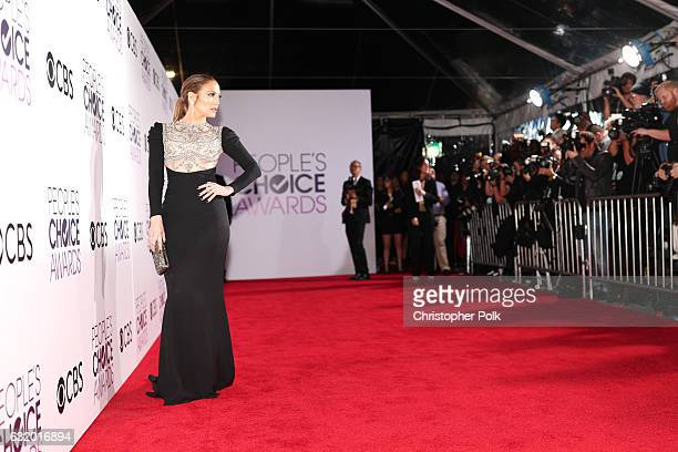 Actress/recording artist Jennifer Lopez attends the People's Choice Awards 2017 at Microsoft Theater on January 18 2017 in Los Angeles California