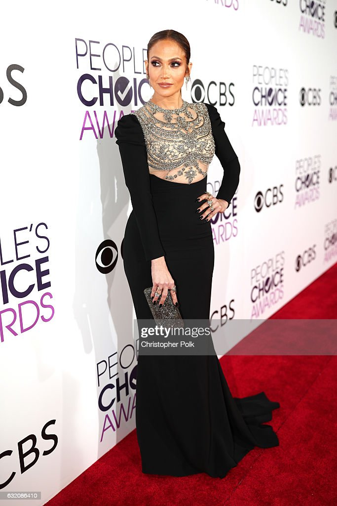 Actress/recording artist Jennifer Lopez attends the People's Choice Awards 2017 at Microsoft Theater on January 18, 2017 in Los Angeles, California.