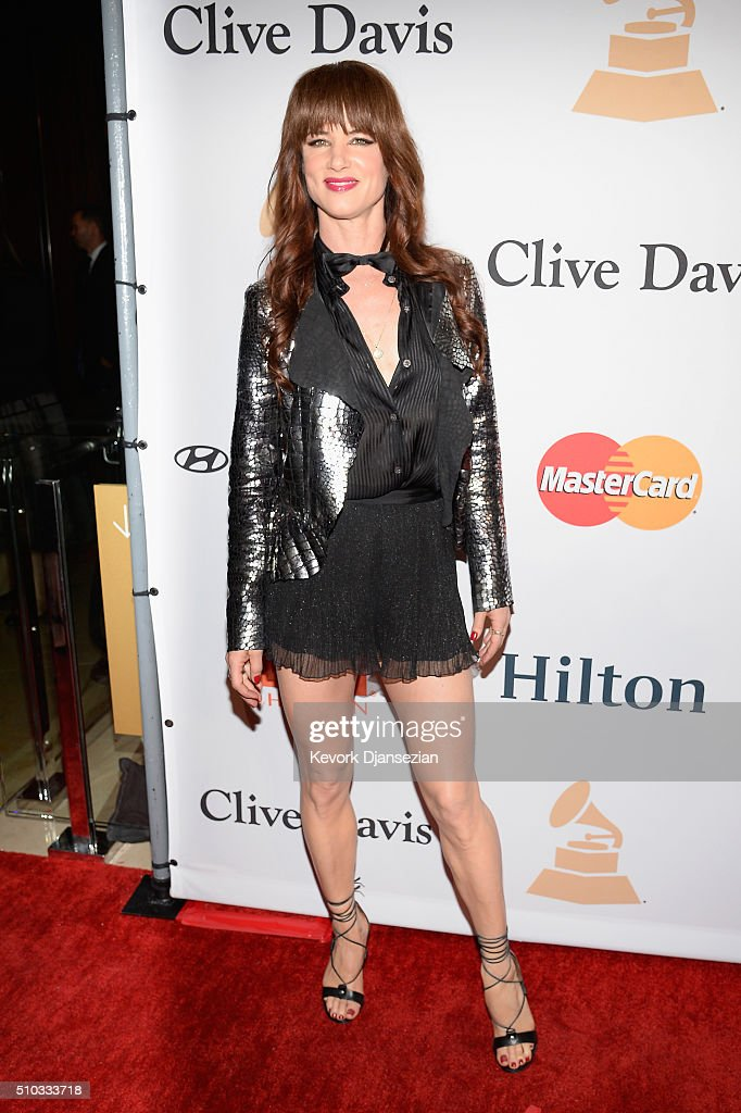 Actress/recording artist Juliette Lewis attends the 2016 Pre-GRAMMY Gala and Salute to Industry Icons honoring Irving Azoff at The Beverly Hilton Hotel on February 14, 2016 in Beverly Hills, California.