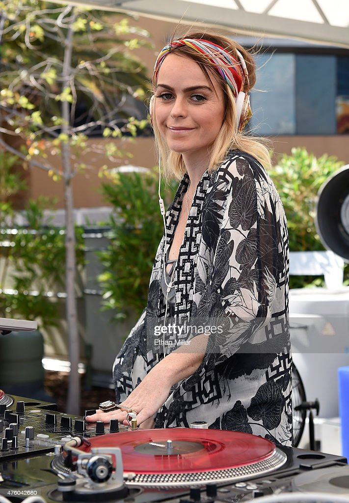 Taryn Manning At Palms Pool And Dayclub