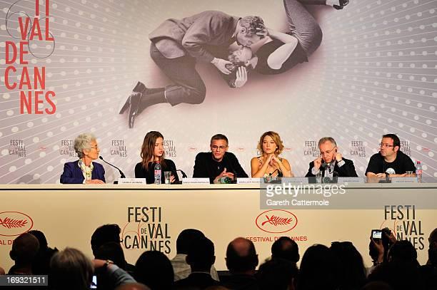 Actressses Adele Exarchopoulo director Abdellatif Kechiche Lea Seydoux prducers Brahim Chiqua and Vincent Maraval attend the 'La Vie D'Adele' press...