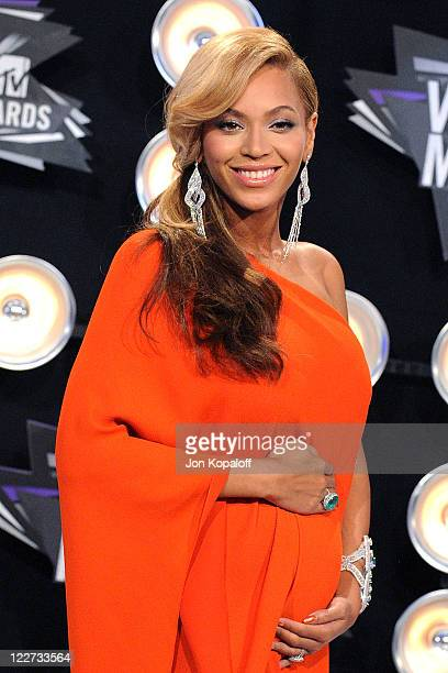 Actress/singer Beyonce arrives at the 2011 MTV Video Music Awards held at Nokia Theatre LA Live on August 28 2011 in Los Angeles California