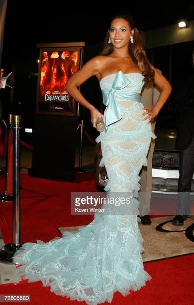 Actress/singer Beyonce Knowles arrives at Paramount Pictures' Premiere of Dreamgirls held at the Wilshire Theatre on December 11 2006 in Beverly...