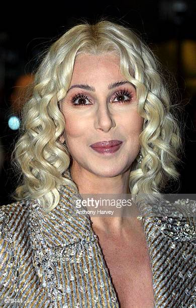 Actress/singer Cher arrives for the world premiere of 'Harry Potter and the Philosopher's Stone' November 4 2001 in London