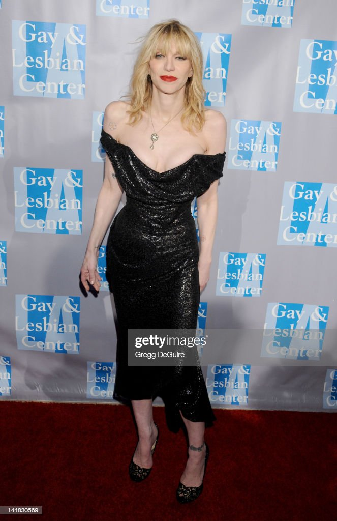 Actress/singer Courtney Love arrives at the L.A. Gay & Lesbian Center's 'An Evening With Women' at The Beverly Hilton Hotel on May 19, 2012 in Beverly Hills, California.