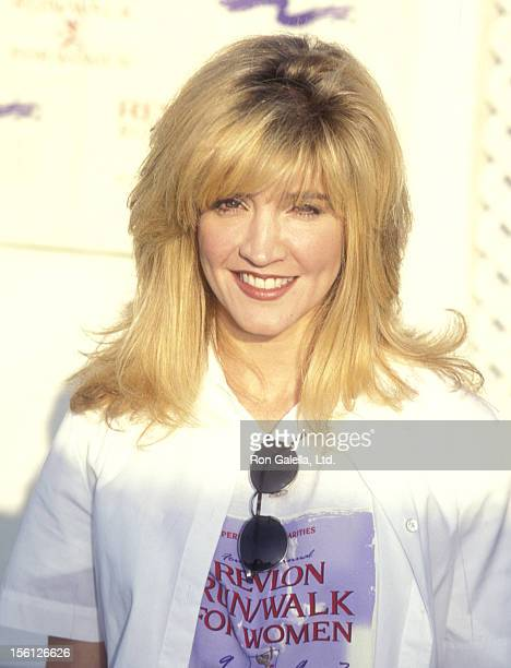 Actress/Singer Crystal Bernard attends the Fourth Annual Revlon Run/Walk for Women's Cancer Research on May 10 1997 at UCLA's Drake Stadium in...