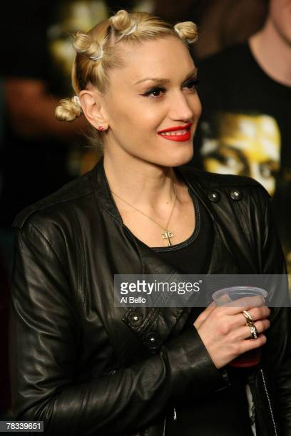 Actress/singer Gwen Stefani looks on before the fight between Ricky Hatton of England and Floyd Mayweather Jr prior to their WBC world welterweight...