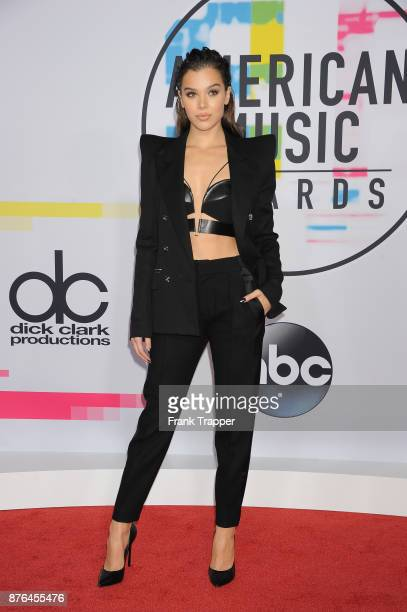 Actress/singer Hailee Steinfeld attends 2017 American Music Awards at Microsoft Theater on November 19 2017 in Los Angeles California
