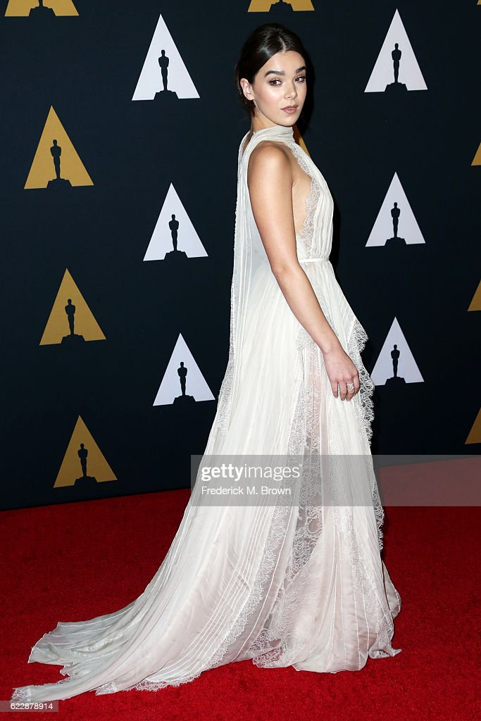Actress/singer Hailee Steinfeld attends the Academy of Motion Picture Arts and Sciences' 8th annual Governors Awards at The Ray Dolby Ballroom at Hollywood & Highland Center on November 12, 2016 in Hollywood, California.