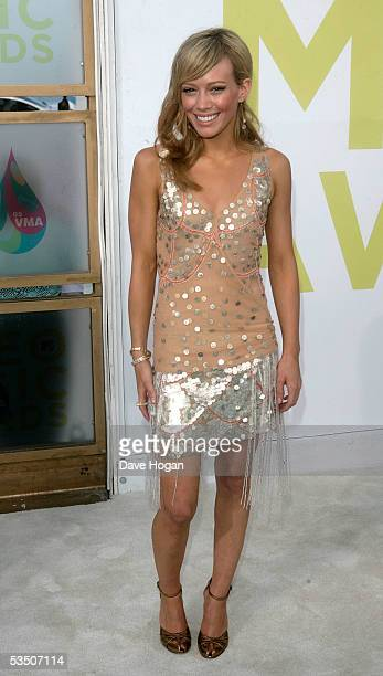 Actress/Singer Hilary Duff arrives at the 2005 MTV Video Music Awards at the American Airlines Arena on August 28, 2005 in Miami, Florida.