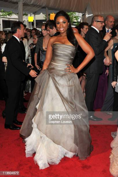 Actress/singer Jennifer Hudson attends the Alexander McQueen Savage Beauty Costume Institute Gala at The Metropolitan Museum of Art on May 2 2011 in...