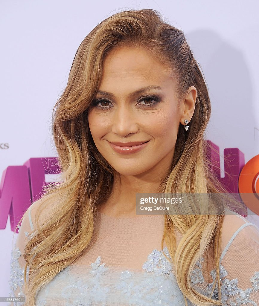 Actress/singer Jennifer Lopez arrives at the Los Angeles premiere of 'HOME' at Regency Village Theatre on March 22, 2015 in Westwood, California.