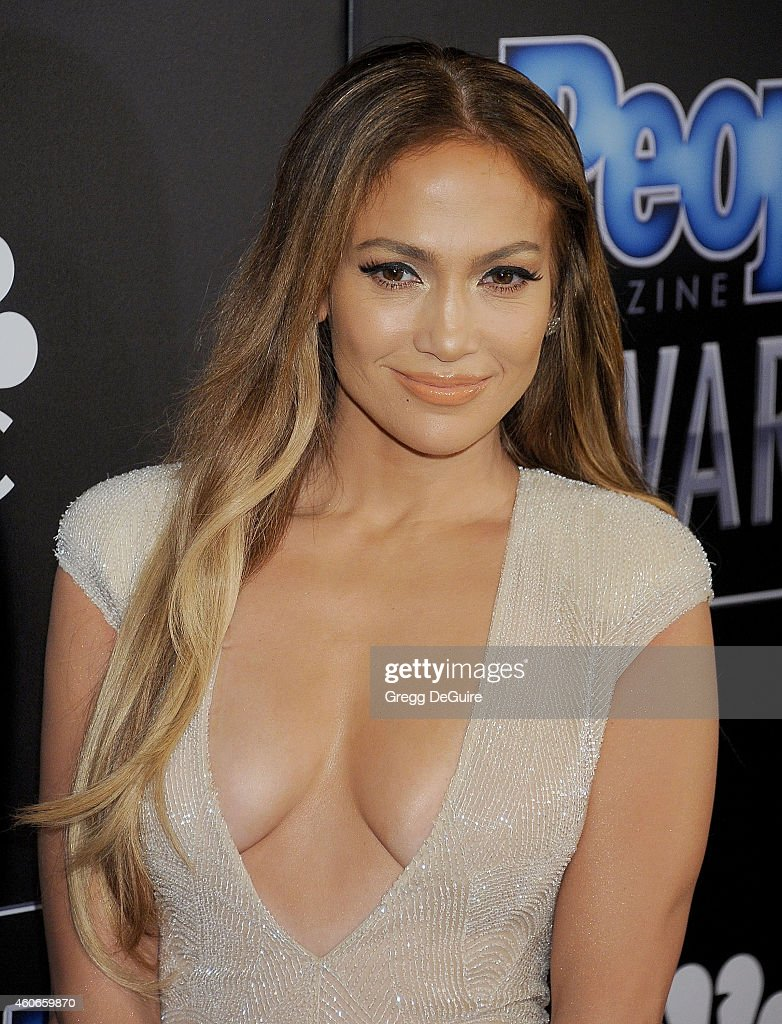 Actress/singer Jennifer Lopez arrives at The PEOPLE Magazine Awards at The Beverly Hilton Hotel on December 18, 2014 in Beverly Hills, California.
