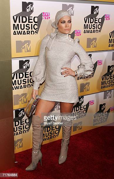 Actress/Singer Jennifer Lopez attends the 2006 MTV Video Music Awards at Radio City Music Hall August 31 2006 in New York City