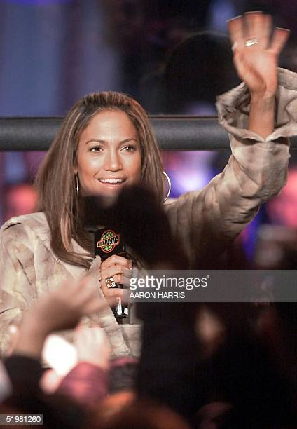 Actresssinger Jennifer Lopez waves to fans at MuchMusic to promote her new album JLo 13 February 2001 in Toronto Canada Lopez currently appearing in...