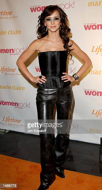 Actress/singer Jennifer Love Hewitt attends Women Rock Girls Guitars Third Annual Concert For The Fight Against Breast Cancer at The Kodak Theatre on...