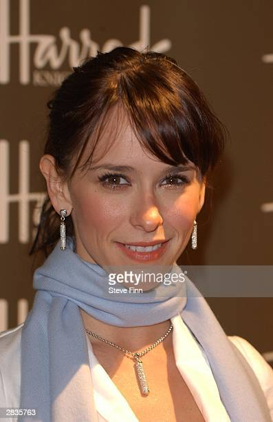 Actress/Singer Jennifer Love Hewitt opens the Harrods January Sale opening at the Knightsbridge store on December 29 2003 in London