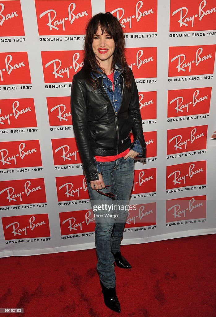 Actress/singer Juliette Lewis attends the Ray-Ban Aviator: The Essentials Event featuring Iggy Pop at Music Hall of Williamsburg on May 12, 2010 in New York City.