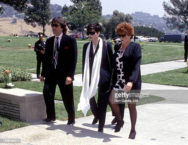 Actress/Singer Liza Minnelli actress Lorna Luft and husband Jake Hooker attend Sammy Davis Jr's Funeral Service on May 18 1990 at Forest Lawn...