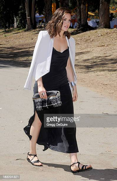 Actress/singer Mandy Moore arrives at the Veuve Clicquot Polo Classic at Will Rogers State Historic Park on October 5 2013 in Pacific Palisades...