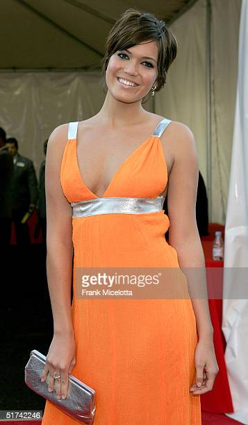 Actress/singer Mandy Moore arrives to the 32nd Annual American Music Awards at the Shrine Auditorium November 14 2004 in Los Angeles California
