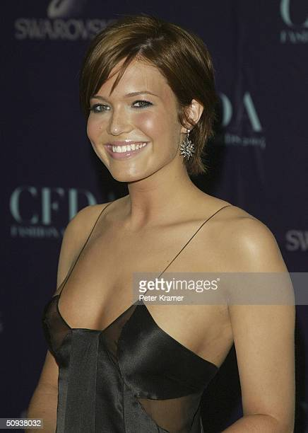 Actress/Singer Mandy Moore attends the 2004 CFDA Fashion Awards June 7 2004 in New York City